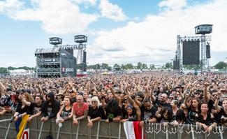IMG_7365-Wacken_Crowd.jpg